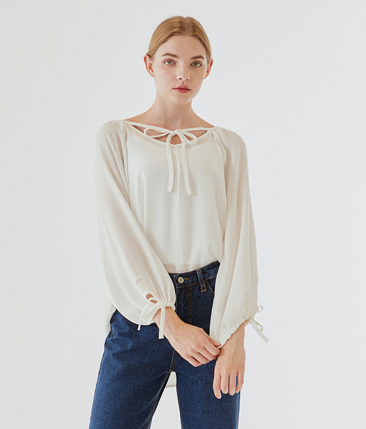 Shirring Strap Loose Blouse