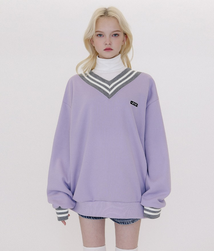 UT8 V-neck Logo Sweat Shirt (Lavender)